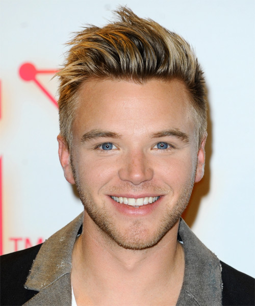 Brett Davern Short Straight Casual   Hairstyle   - Dark Blonde