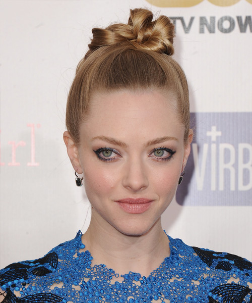 Amanda Seyfried Updo Long Straight Formal  Updo Hairstyle