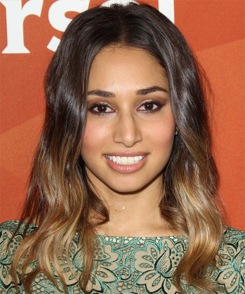 Meaghan Rath Long Wavy Casual Hairstyle Brunette And