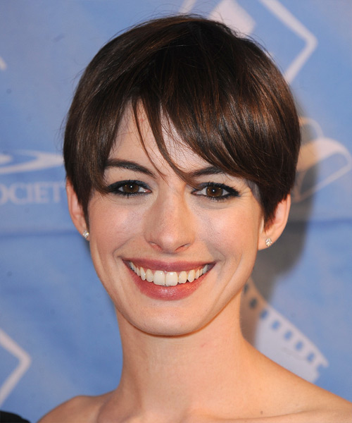 Anne Hathaway Short Straight Casual   Hairstyle with Layered Bangs  - Dark Brunette