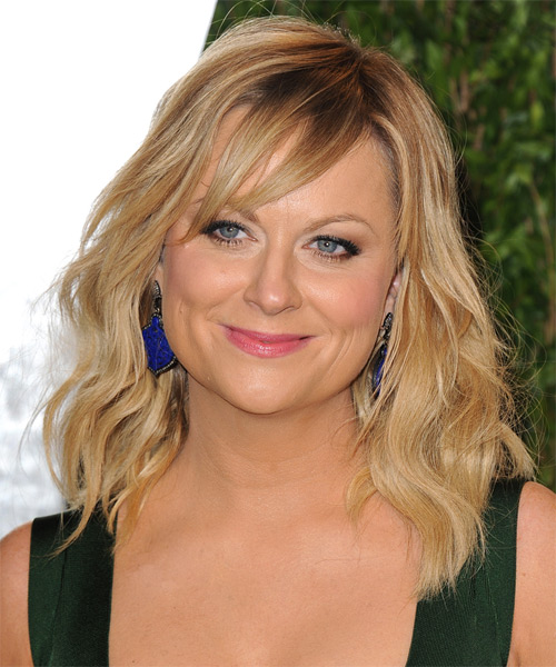 Amy Poehler Medium Wavy Casual   Hairstyle with Side Swept Bangs  - Medium Blonde (Golden)