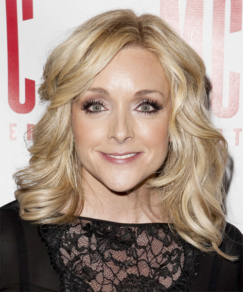 Jane Krakowski Medium Wavy Formal   Hairstyle   - Light Blonde