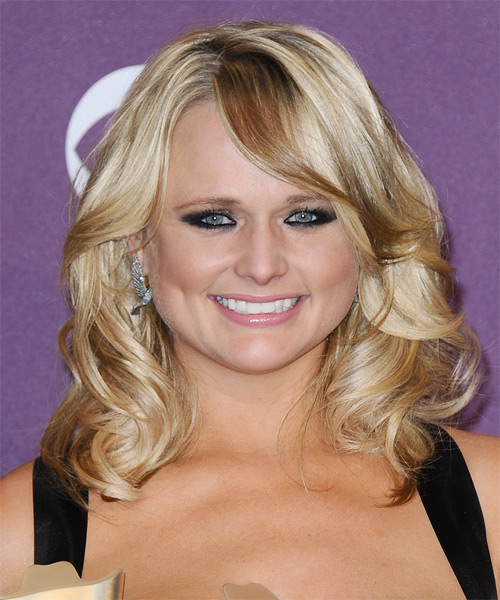 Miranda Lambert Medium Wavy Formal   Hairstyle with Side Swept Bangs  - Medium Blonde