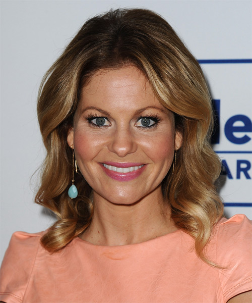 Candace Cameron Bure Medium Wavy   Dark Blonde   Hairstyle   with Light Blonde Highlights