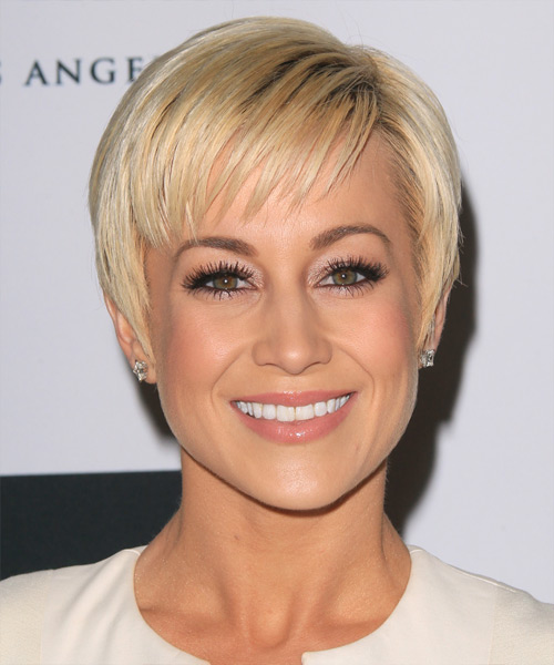 Kellie Pickler Short Straight Formal    Hairstyle with Layered Bangs  - Light Blonde Hair Color