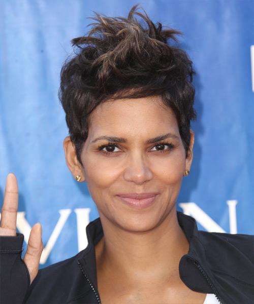 Halle Berry Short Straight Casual    Hairstyle   - Mocha Hair Color