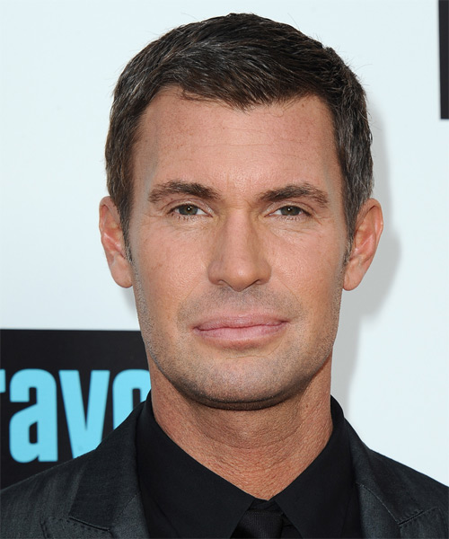 Jeff Lewis Short Straight Formal   Hairstyle