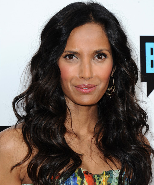 Padma Lakshmi Long Wavy Casual   Hairstyle