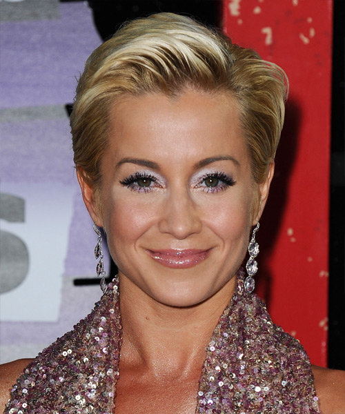 Kellie Pickler Short Straight Formal    Hairstyle   - Medium Blonde Hair Color with Light Blonde Highlights