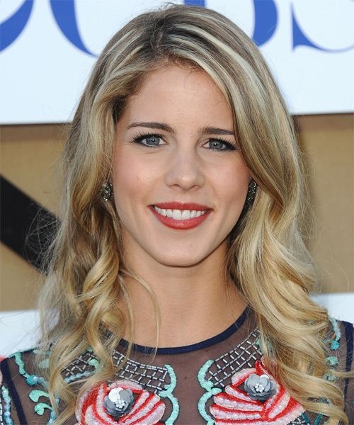 Emily Bett Rickards Long Wavy Casual   Hairstyle