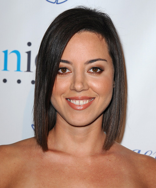 Aubrey Plaza Medium Straight Formal   Hairstyle