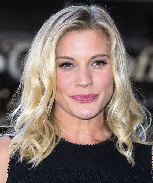 Katee Sackhoff Casual Medium Wavy Hairstyle