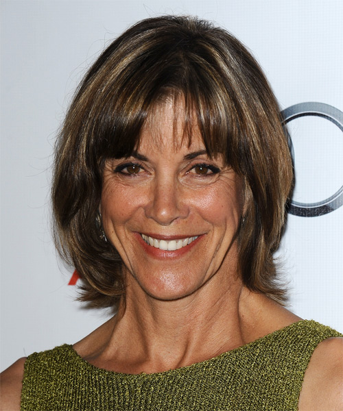 Wendie Malick Short Straight Casual   Hairstyle