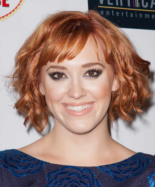 Andrea Bowen Short Wavy    Copper Red   Hairstyle with Blunt Cut Bangs