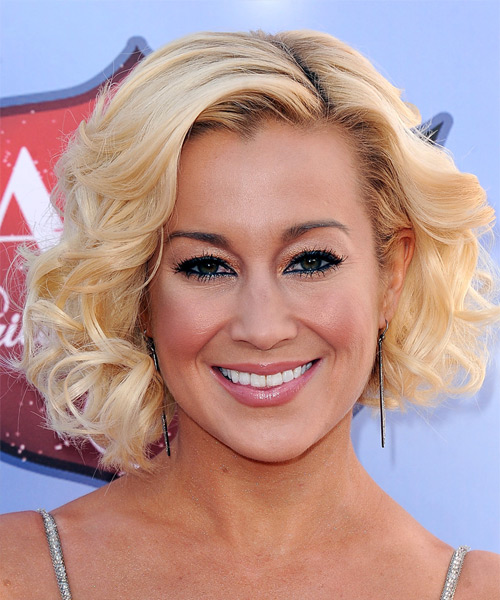 Kellie Pickler Medium Curly Formal Layered Bob  Hairstyle   - Light Golden Blonde Hair Color with Light Blonde Highlights