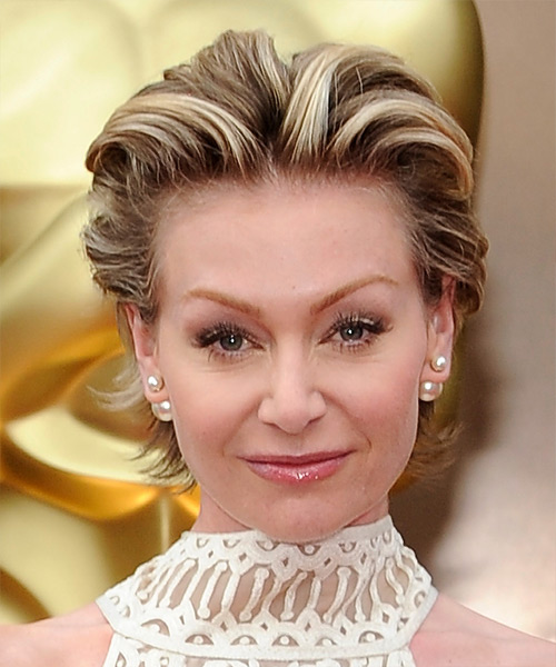 Portia De Rossi Short Straight Formal   Hairstyle   - Medium Brunette (Chestnut)