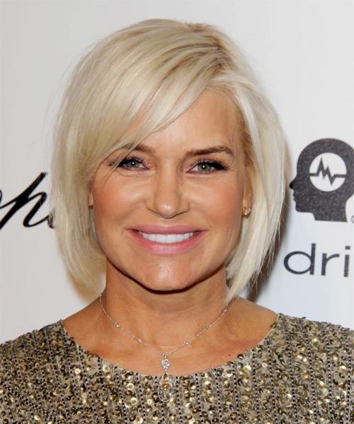 Yolanda H Foster Medium Straight Casual Bob Hairstyle with Side Swept Bangs - Light Platinum Blonde Hair Color