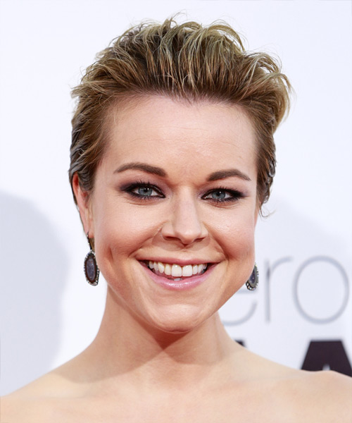 Tina Majorino Short Straight Dark Blonde Wash And Go Hairstyle