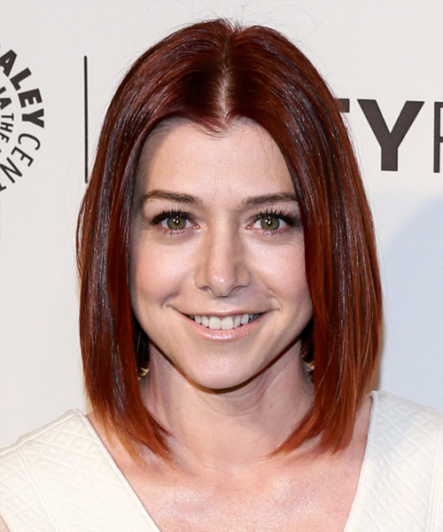 Alyson Hannigan Casual Medium Straight Layered Bob Hairstyle Red