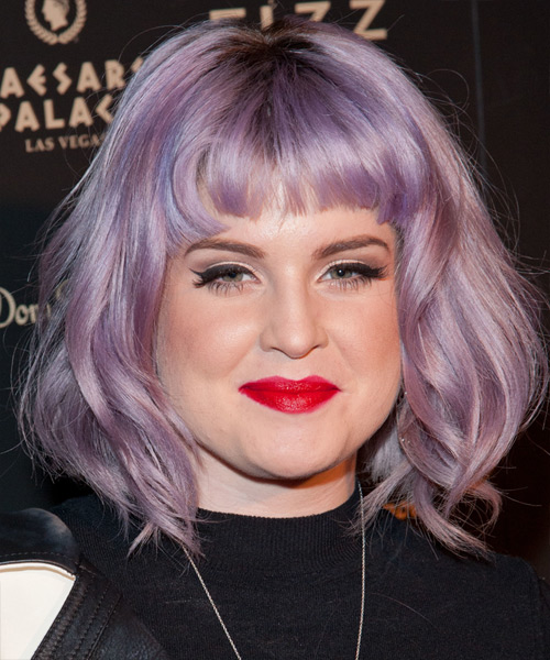 Kelly Osbourne Medium Straight Casual   Hairstyle with Blunt Cut Bangs