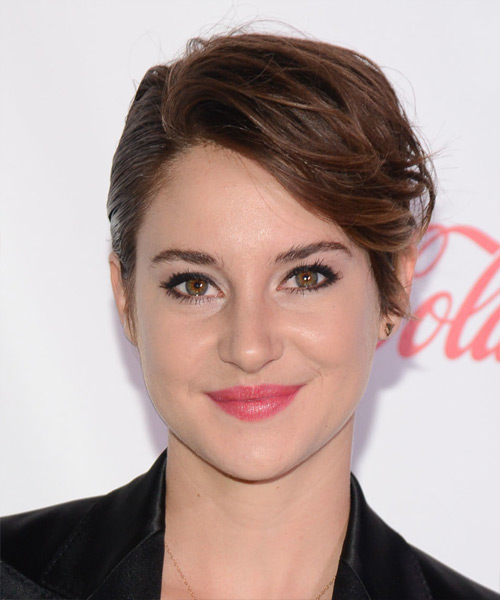 Shailene Woodley Short Straight Formal    Hairstyle   -  Brunette Hair Color with Light Brunette Highlights