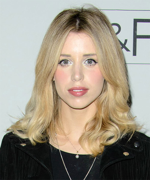Peaches Geldoff Medium Straight Casual    Hairstyle   - Light Blonde Hair Color