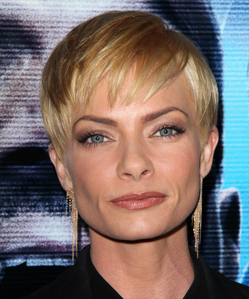 Jaime Pressly Short Straight Formal   Hairstyle with Layered Bangs  - Medium Blonde (Honey)