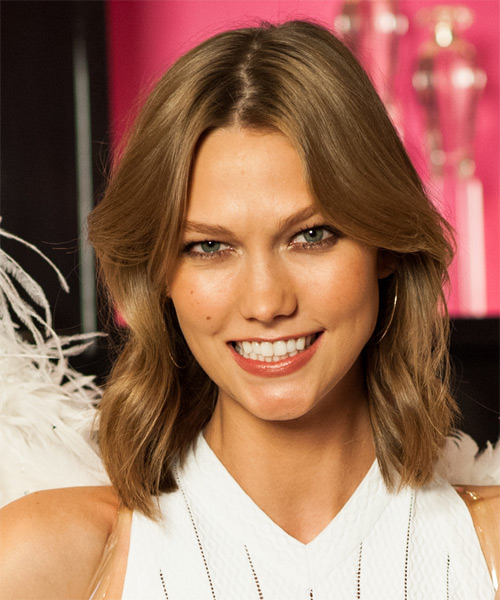 Karlie Kloss Medium Straight Casual    Hairstyle   - Light Golden Brunette Hair Color