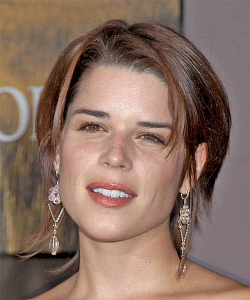 Neve Campbell Medium Straight Casual   Hairstyle