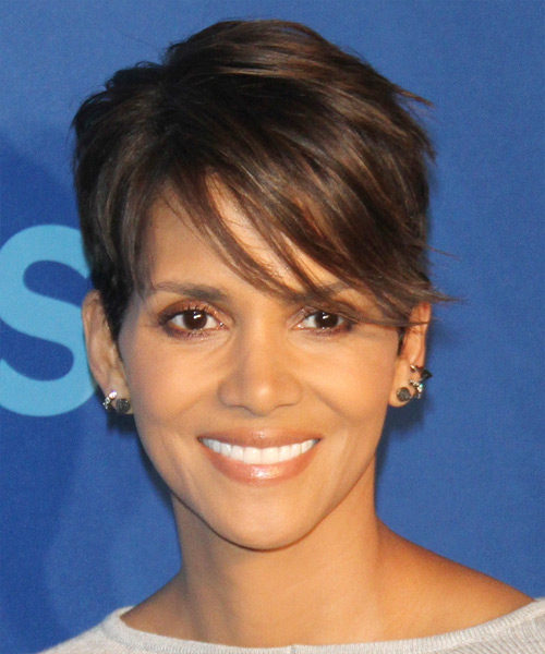 Halle Berry Short Straight Casual Pixie  Hairstyle with Side Swept Bangs  - Medium Brunette