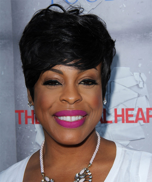 Niecy Nash Short Straight Formal   Hairstyle with Side Swept Bangs  - Black
