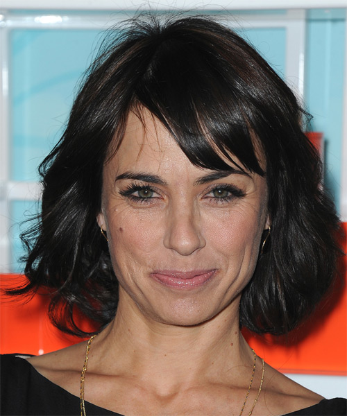 Constance Zimmer Medium Straight Casual   Hairstyle with Side Swept Bangs  - Black
