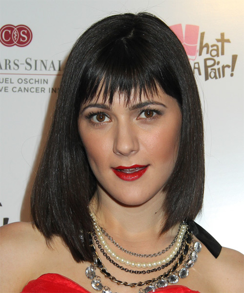 Sara Niemietz Medium Straight Formal Bob  Hairstyle with Layered Bangs  - Black