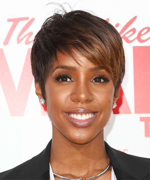 Kelly Rowland Short Straight   Dark Brunette and  Brunette Two-Tone   Hairstyle with Side Swept Bangs