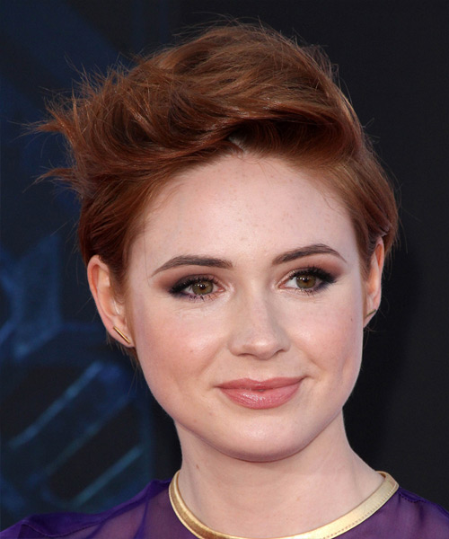Karen Gillan Short Straight Casual    Hairstyle   - Dark Red Hair Color