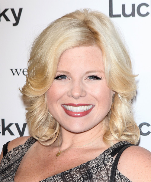 Megan Hilty Medium Wavy Formal    Hairstyle   - Light Blonde Hair Color