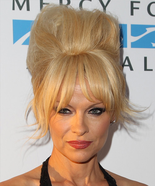 Pamela Anderson Long Straight    Honey Blonde  Updo  with Layered Bangs