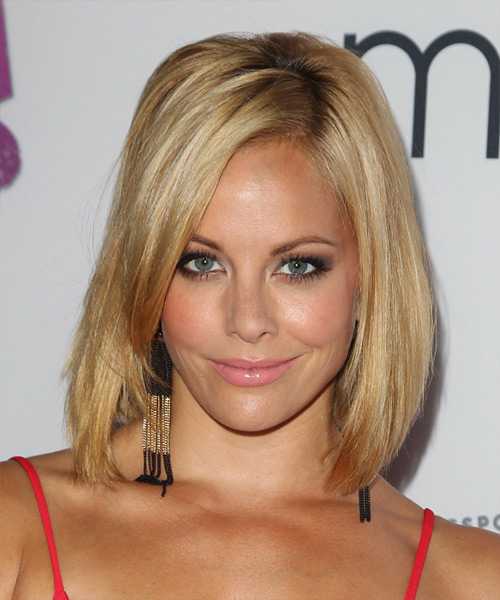 Amy Paffrath Medium Straight    Blonde   Hairstyle   with Light Blonde Highlights
