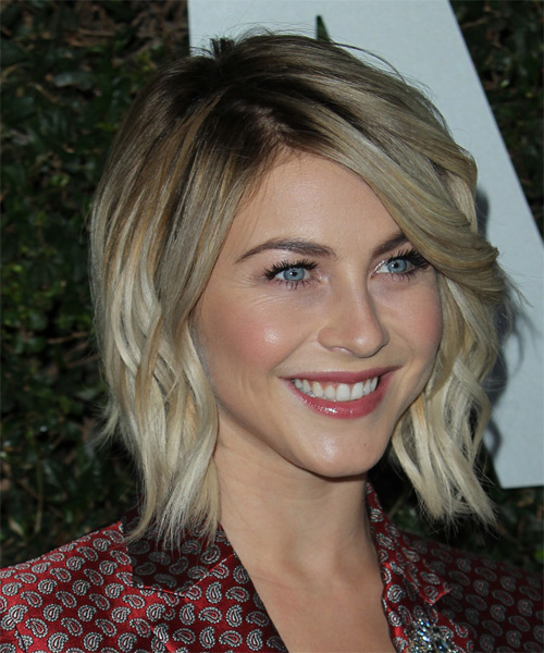 Julianne Hough Medium Wavy Casual   Hairstyle   - Medium Blonde (Ash) - Side on View