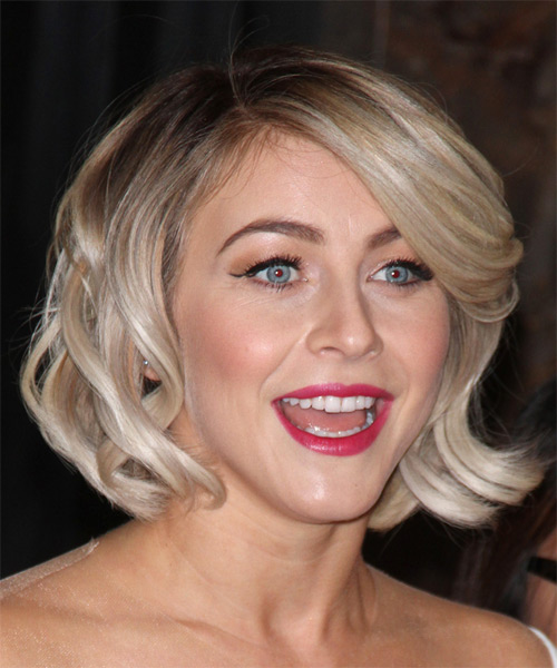 Julianne Hough Medium Wavy Formal   Hairstyle with Side Swept Bangs  - Light Blonde (Champagne) - Side on View