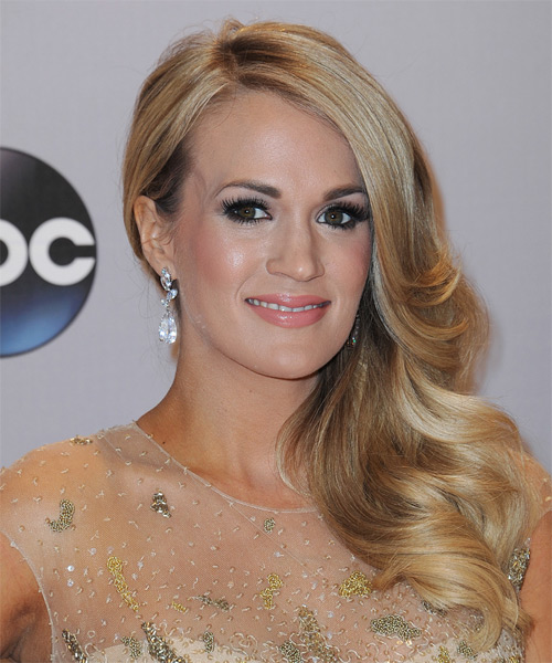 Carrie Underwood Long Wavy   Dark Blonde   Hairstyle   - Side on View