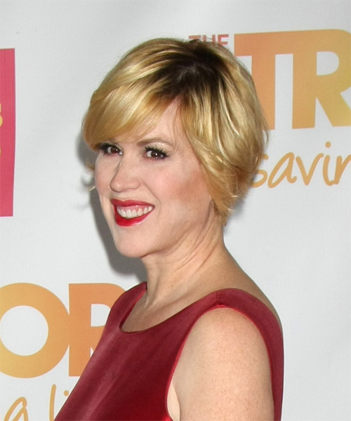 Molly Ringwald Short Straight Casual   Hairstyle with Side Swept Bangs  - Medium Blonde (Golden) - Side on View