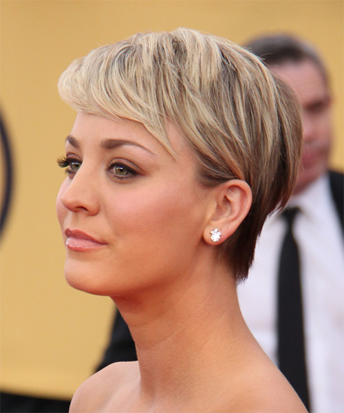 Kaley Cuoco Short Straight Formal    Hairstyle   - Light Blonde Hair Color - Side on View
