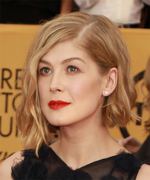 Rosamund Pike Medium Wavy Casual   Hairstyle   - Medium Blonde - Side on View