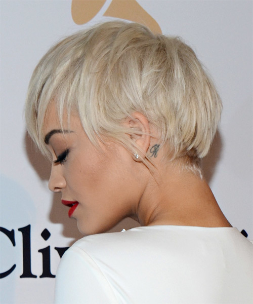 Rita Ora Short Straight Casual   Hairstyle with Layered Bangs  - Light Blonde - Side on View