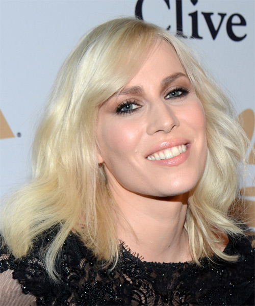 Natasha Bedingfield Medium Wavy Casual   Hairstyle with Side Swept Bangs  - Light Blonde (Platinum) - Side on View