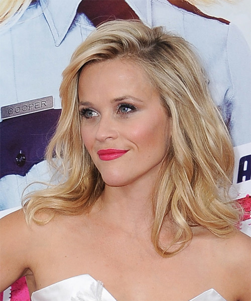Reese Witherspoon Long Wavy   Light Golden Blonde   Hairstyle   - Side on View