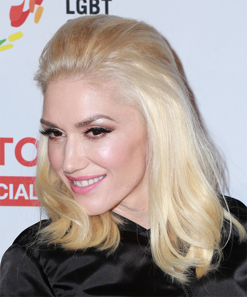 Gwen Stefani Medium Straight Casual   Hairstyle   - Light Blonde (Strawberry) - Side on View