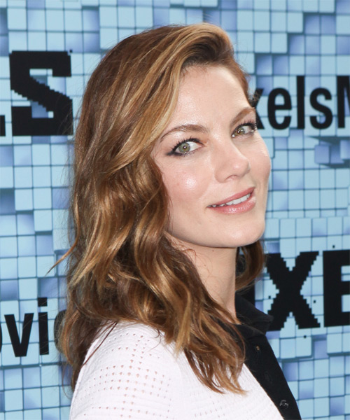Michelle Monaghan Long Wavy Casual    Hairstyle   -  Chocolate Brunette Hair Color with Dark Blonde Highlights - Side on View