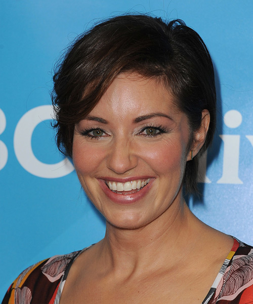 Bianca Kajlich Short Straight Casual   Hairstyle   - Dark Brunette - Side on View